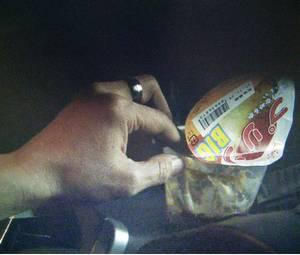高島菜見子の元彼氏がプリン容器にタバコの吸殻