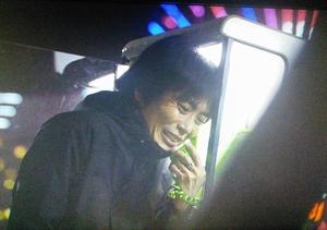 ドラマ「無痛みえるめ」佐田要造が白神の秘書に電話をかける