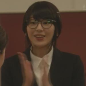 (新垣結衣・ガッキー)掟上今日子さんの黒髪のコスプレ姿の画像集5