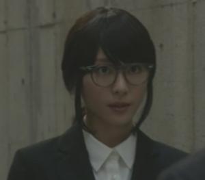 (新垣結衣・ガッキー)掟上今日子さんの黒髪のコスプレ姿の画像集3