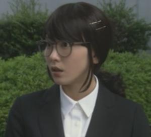(新垣結衣・ガッキー)掟上今日子さんの黒髪のコスプレ姿の画像集2