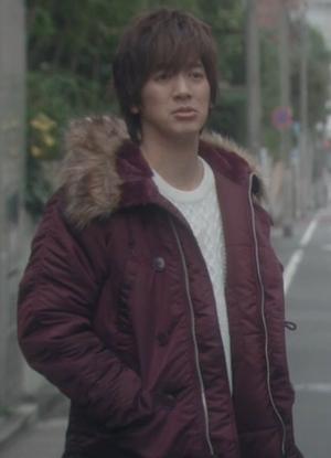 ヒガンバナ菊池謙人(DAIGO)の衣装-アウタージャケット革ジャン3