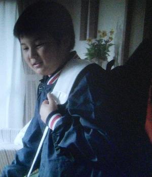 ヒガンバナ3話の柳幸子(やなぎさちこ・役者はYOU[ゆう])の中学1年生の子供「やなぎこうた」