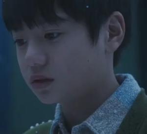 ドラマヒガンバナ子役の小林喜日(こばやしきか)さん演じる菊池謙人(DAIGO)幼少期役