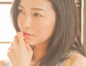 ヒガンバナ9話キャスト資産家被害者の娘の辛島優香(からしまゆうか)役の新妻聖子