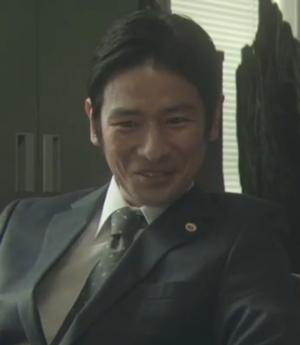 ヒガンバナ9、10話山中聡さん演じるキャストの弁護士の道重隆太郎